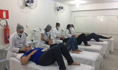 Estética e Cosmética do UNIARAXÁ é reconhecida com Nota 5 pelo MEC