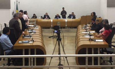Robson Magela vota contra a criação de mais cargos comissionados na Prefeitura de Araxá