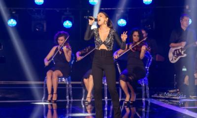 Mariana Rios canta Alanis Morissette e emociona público mais uma vez