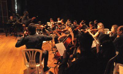 Alunos da Escola Municipal de Música se apresentam no Teatro Municipal