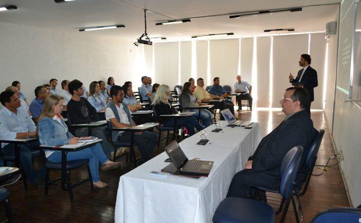 JBL Advocacia e Consultoria promove palestra sobre reforma trabalhista na Acia