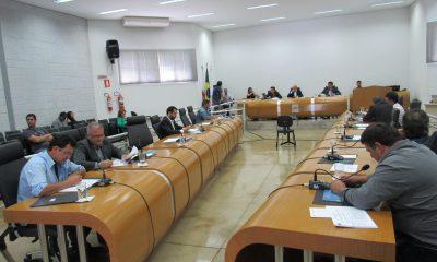 Sete Vereadores usam a tribuna na primeira Reunião Ordinária do mês de Novembro