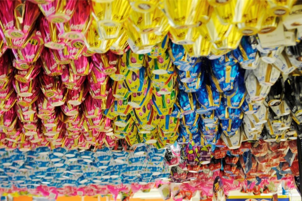 PROCON Araxá aponta grande diferença de preços de ovos de páscoa
