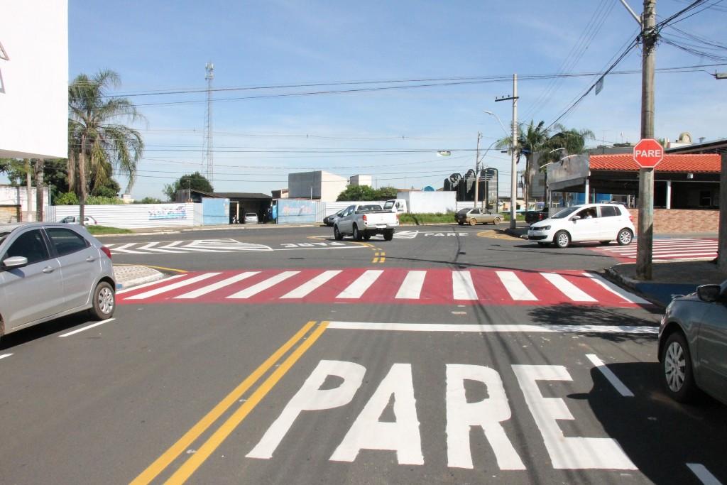 Ruas e avenidas de Araxá ganham nova sinalização