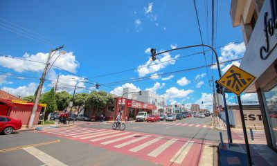 Mais de 10 mil m² de vias públicas já receberam nova sinalização de trânsito