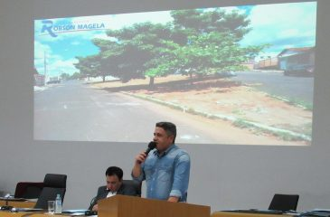 Robson Magela pede a revitalização de praça localizada em bairro e apresenta reivindicações do Bosque dos Ipês