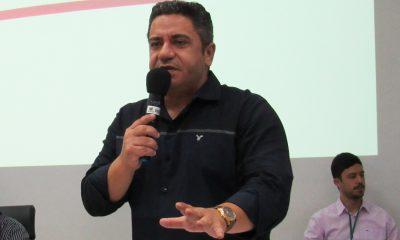 Robson Magela relata problema enfrentado por servidores da Secretaria Municipal de Educação