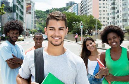 Estudantes de Minas Gerais já podem se inscrever para mais de 49 mil bolsas de estudo