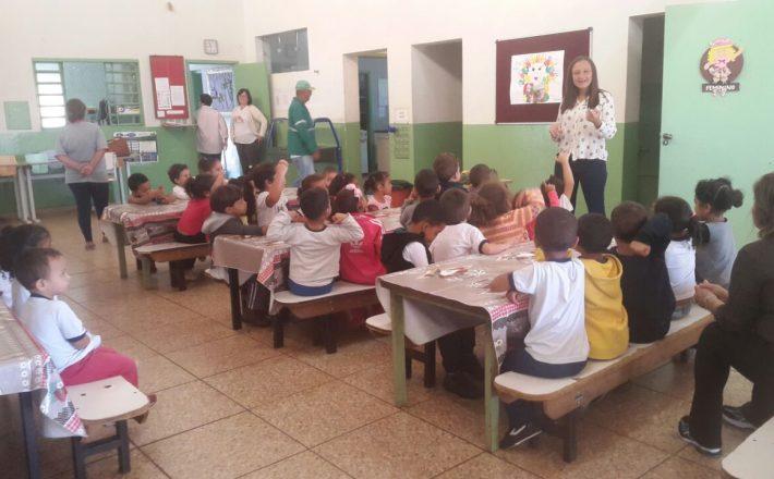 Programa Saúde na Escola leva informação para estudantes de Araxá