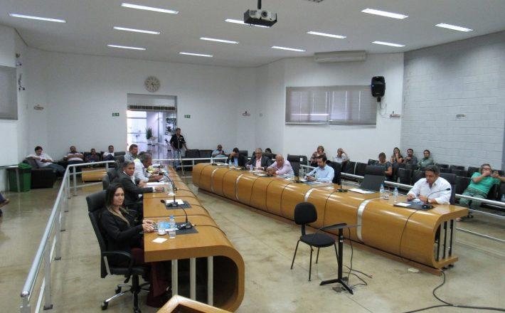 Sete Vereadores usam a tribuna em Reunião Ordinária da Câmara