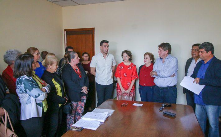 Prefeitura repassa recursos para entidades que atendem crianças e adolescentes
