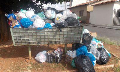 Robson Magela pede a regularização da coleta de lixo em Araxá