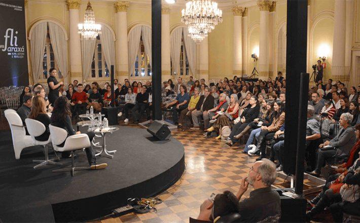 Conversas sobre o atual momento brasileiro marcam terceiro dia