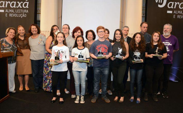 Alunos de escolas públicas se destacam no concurso de redação do Fliaraxá