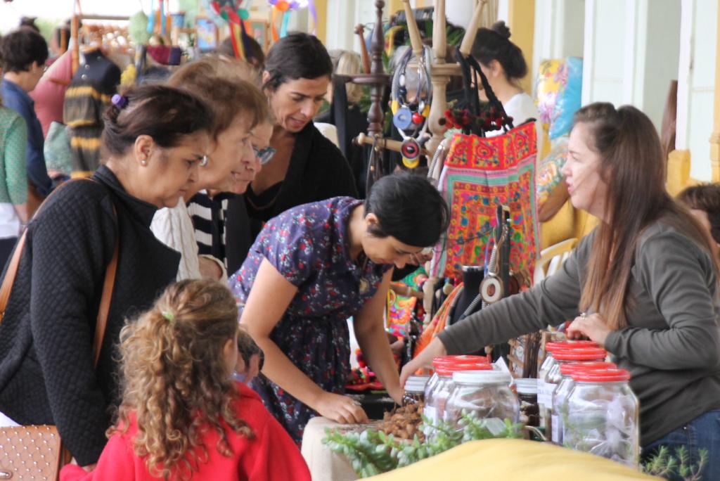 Feira de produtos criativos e artesanais em Araxá