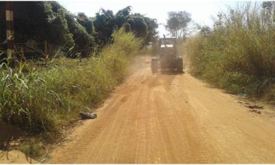 Mais de 60 km de estradas rurais já foram patrolados em Araxá