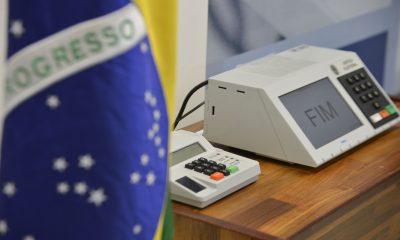 TSE mantém horários locais para votação nas eleições deste ano