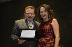 AC Minas entrega a empresário Medalha Juscelino Kubitschek