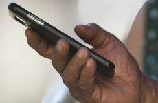 Anatel começa domingo processo de bloqueios de celulares irregulares