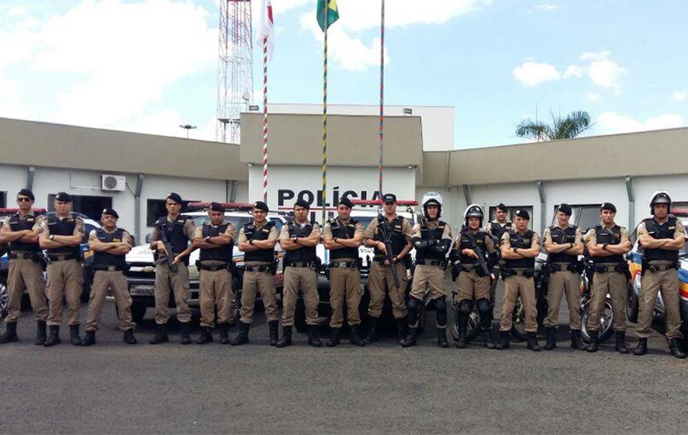 Polícia Militar realiza Operação Fecha Batalhão