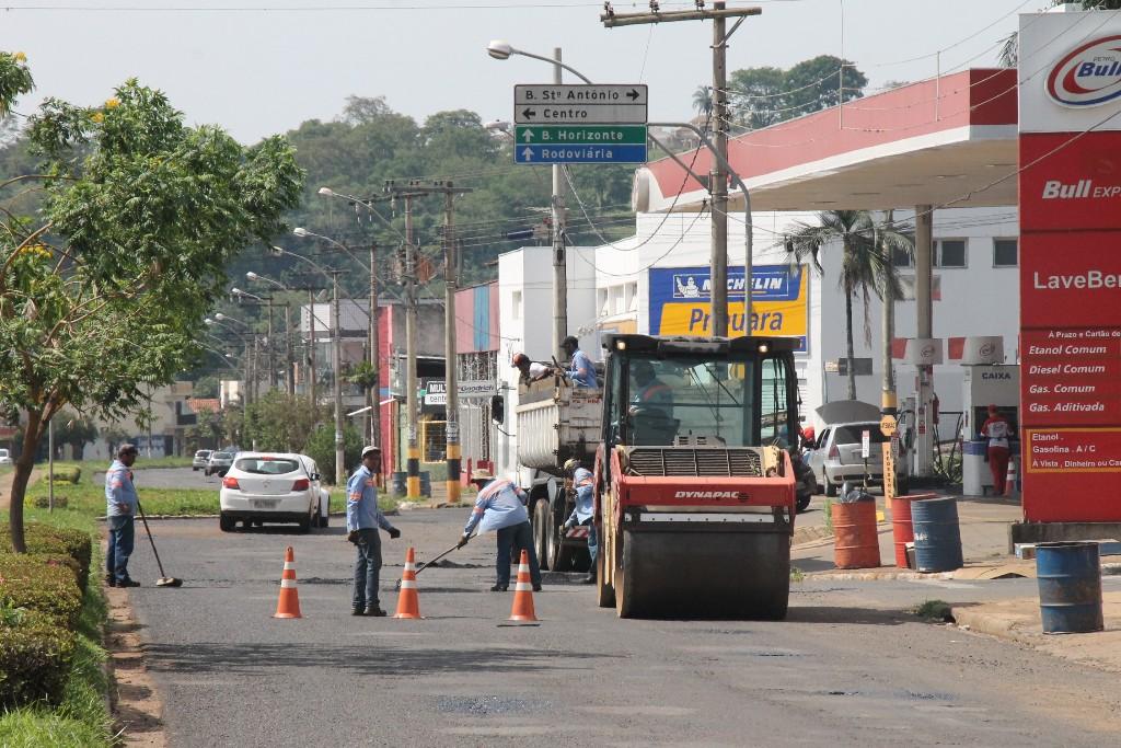 Prefeitura inicia operação tapa buracos