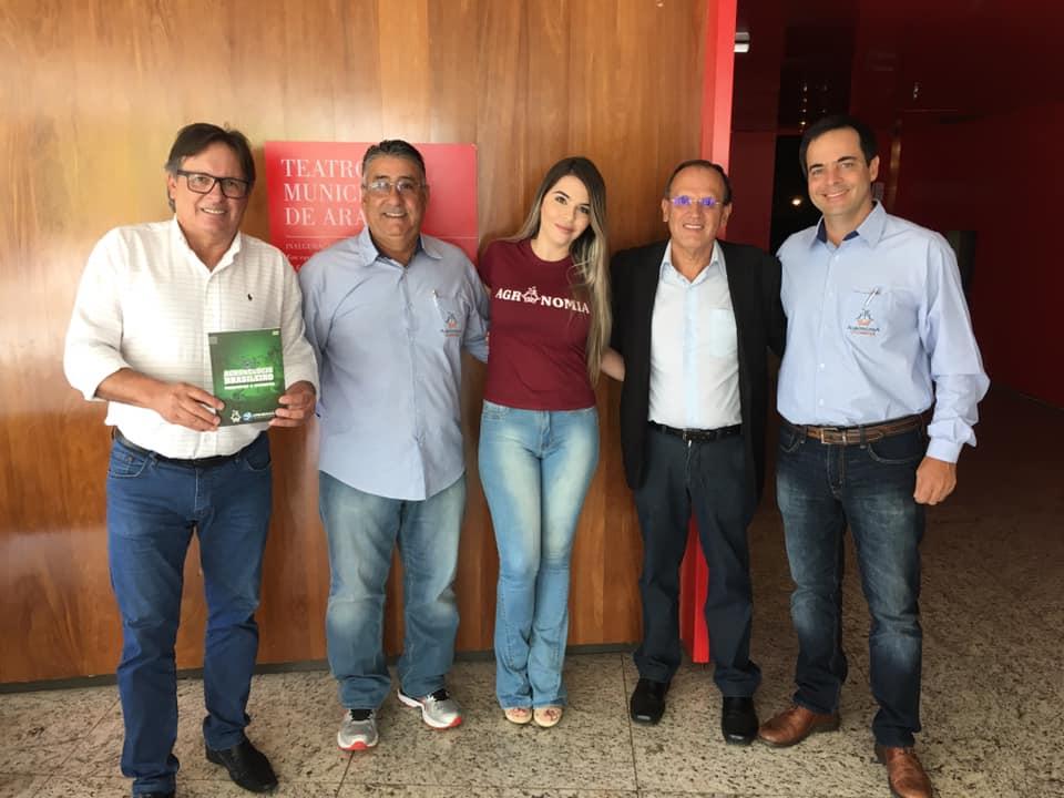 Câmara de Araxá entrega Moção referente à realização da Semana Agronômica