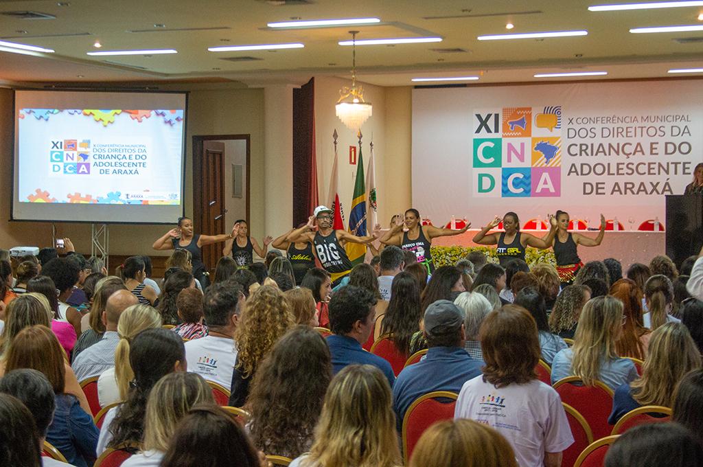 Prefeitura e CMDCA apontam desafios e ações em prol da criança e adolescente de Araxá