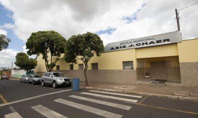 Prefeitura investe em reforma geral da Escola Municipal Aziz J. Chaer