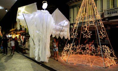 Anjos gigantes são atrações do FestNatal até domingo (23)