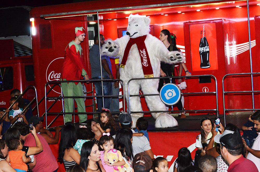 Turistas e araxaenses já fazem do FestNatal sucesso de público