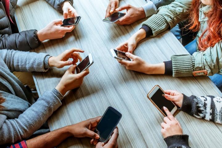 O uso descontrolado dos aparelhos celulares