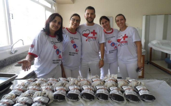 Campanha arrecada 80 bolsas de sangue no UNIARAXÁ