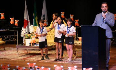 Com alunos da rede municipal de ensino, Prefeitura é premiada no projeto Cientistas do Cerrado