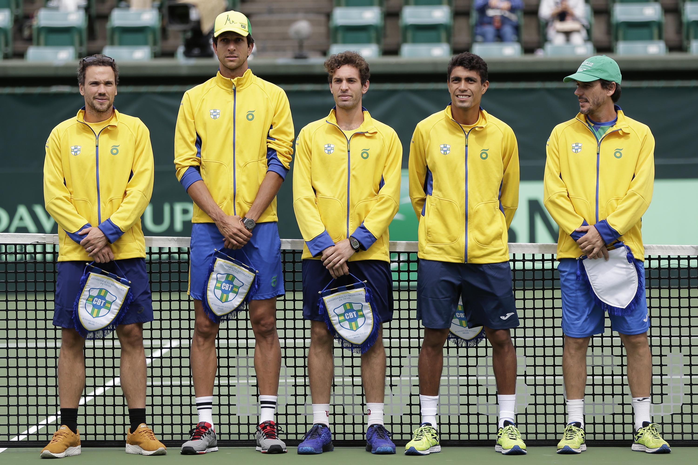 Quadra para confronto da Copa Davis começa a ser montada em Uberlândia