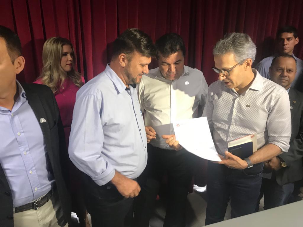 Bosco pede a Romeu Zema maior oferta de energia para Distrito Industrial de Araxá