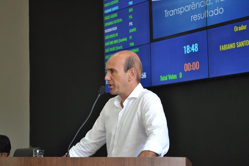 Aumento de carga de energia elétrica no Distrito Industrial é solicitada por Fabiano