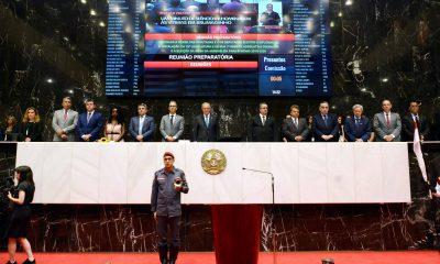 Governador Romeu Zema participa da posse dos deputados estaduais e faz balanço das contas mineiras