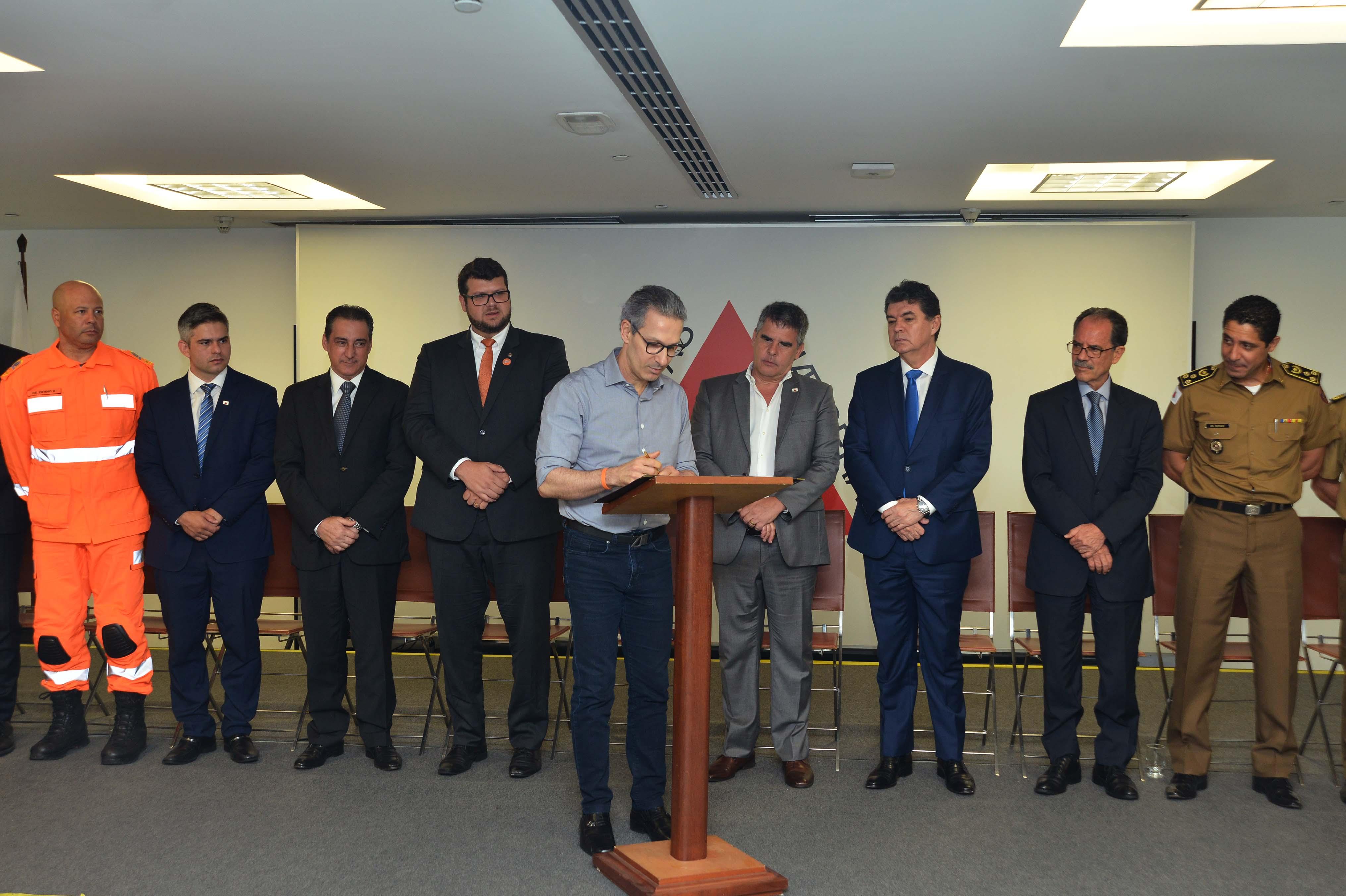 Governador Romeu Zema sanciona PL que determina medidas mais rígidas para barragens em Minas Gerais