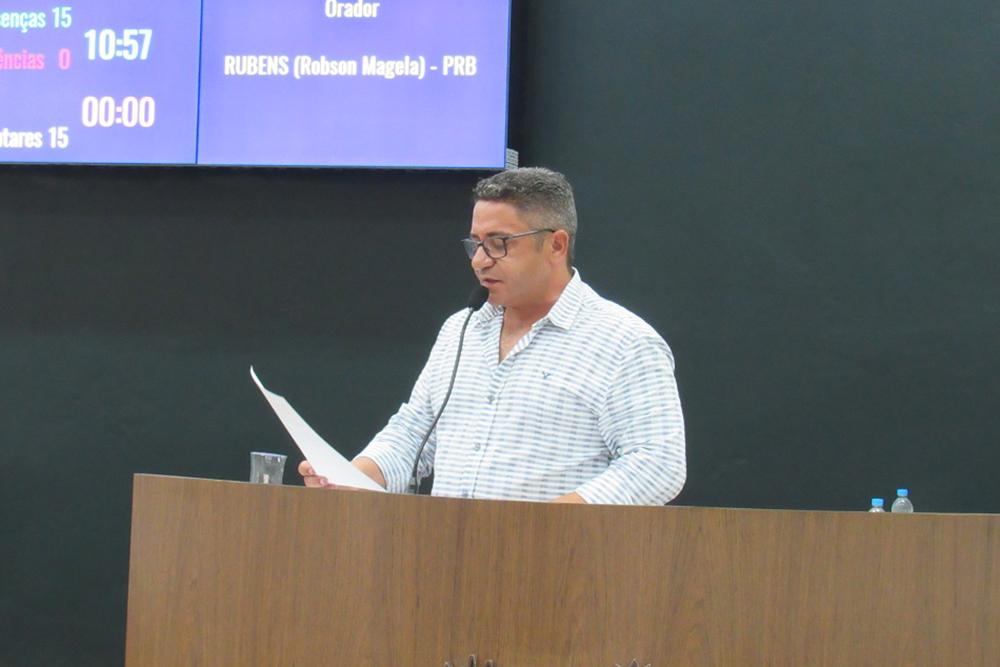 Robson Magela informa que terceirizada da Prefeitura precisa receber para fazer acerto com funcionários