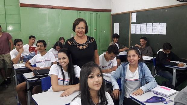 Governo de Minas regulariza repasse financeiro às escolas