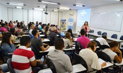 Acia e Sebrae promovem palestra sobre empreendedorismo feminino
