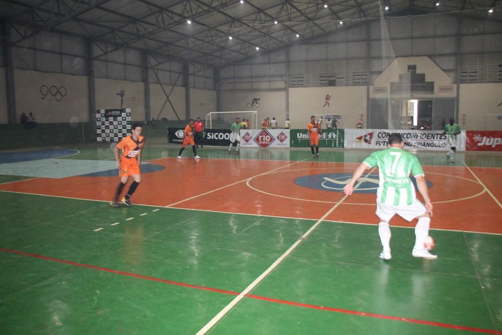 Prefeitura apoia Araxá na Copa Futsal Band Triângulo