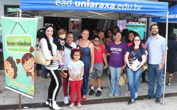 Mobilização no Calçadão encerra Semana Municipal de Incentivo à Adoção