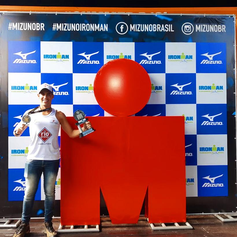 Egresso da Fundação Rio Branco fica em 3° lugar no IRONMAN, maior Circuito de THRIATLON do mundo