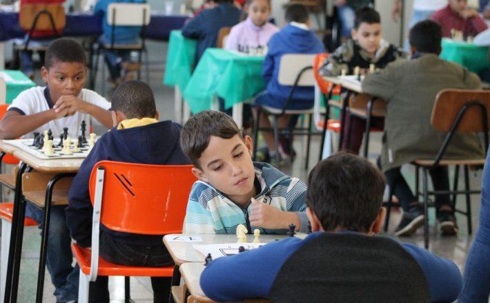 Torneio Relâmpago de Xadrez movimenta as unidades de ensino coordenadas pela Prefeitura