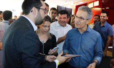 Raphael Rios entrega ofício reivindicando retorno do Tempo Integral ao governador Romeu Zema