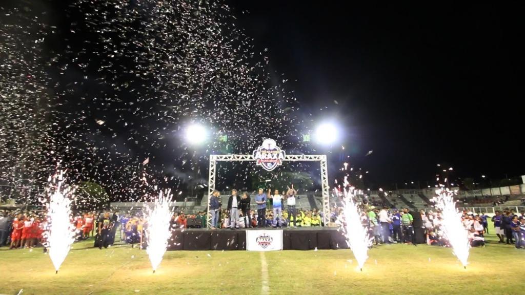 Em noite memorável para o esporte, foi aberta a 1ª Copa Beja de Futebol Araxá