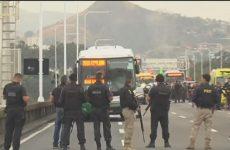 Sequestrador de ônibus no Rio de Janeiro é morto por atiradores de elite