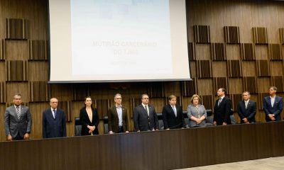 Governador e representantes dos poderes assinam protocolo de intenções em apoio às Apacs em Minas