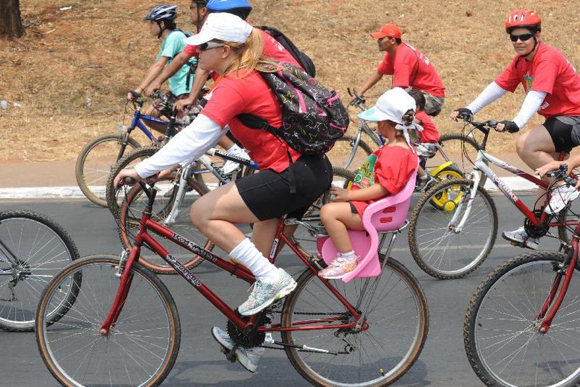 No Dia do Ciclista, campanha alerta sobre uso seguro da bicicleta